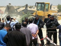 URGENT UPDATE: the destruction of the cemetery compound: Al-Arakib JUNE 12-13 2014